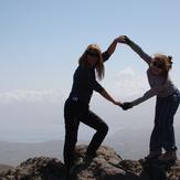 desde el cerro Santa julia   se ve el volcan Lanin
