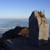 2351m, Montanha do Pico