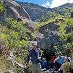 Break at Pos Wadunae, in a granite formation at 2.250m, Tambora