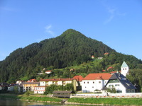 Hum (hill), Laško photo