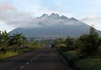 Mount Sabyinyo photo