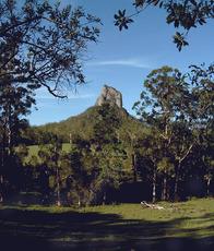 Mount Coonowrin photo