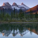 Three Sisters (Alberta)
