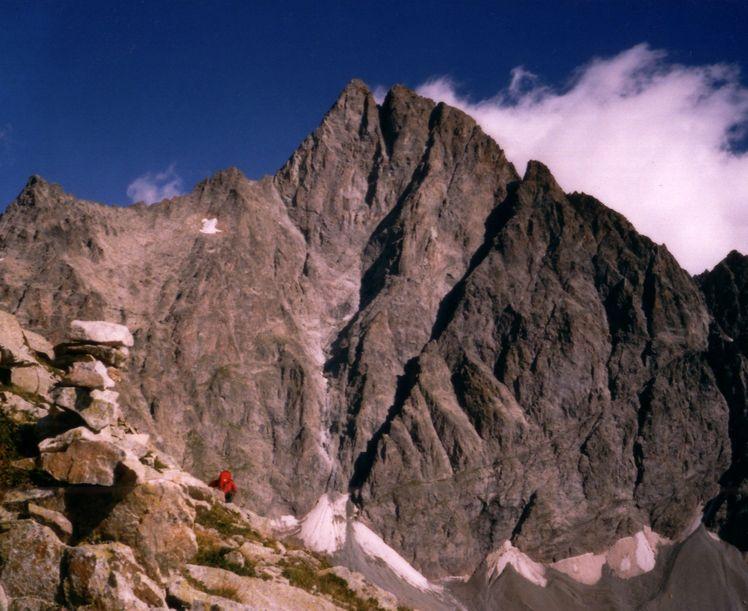 Olan (mountain)