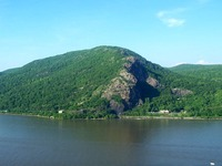 Breakneck Ridge photo