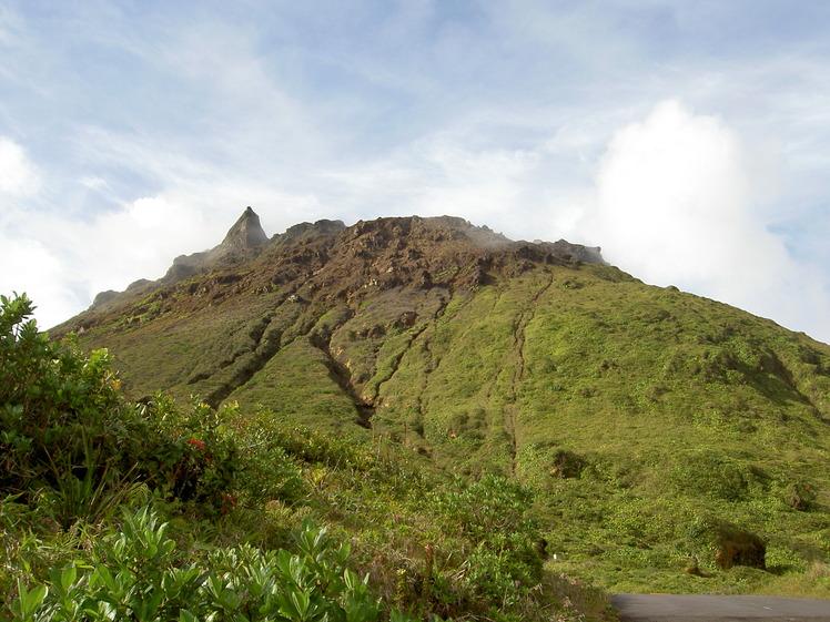 La Grande Soufrière (volcano) weather
