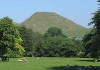 Thorpe Cloud photo
