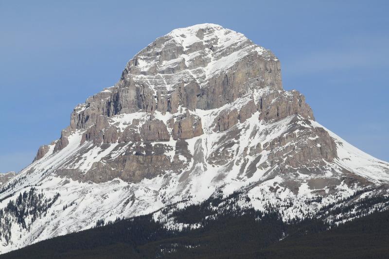 Crowsnest Mountain Mountain Information