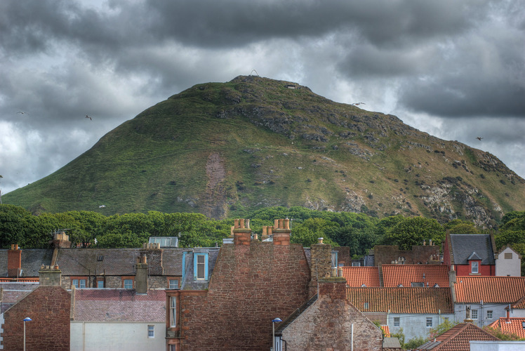 North Berwick Law weather