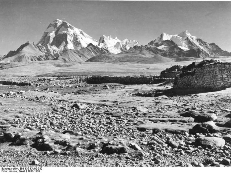 Mount Jomolhari