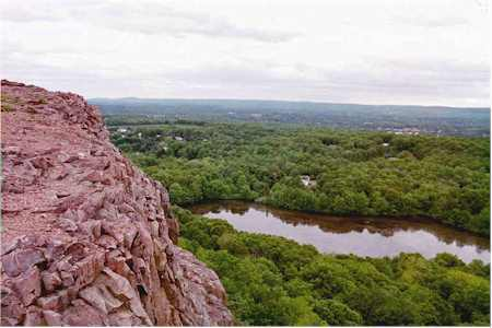 Ragged Mountain (Connecticut)