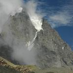 Manimahesh Kailash Peak