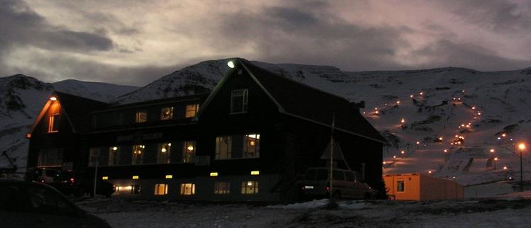 Hlíðarfjall weather