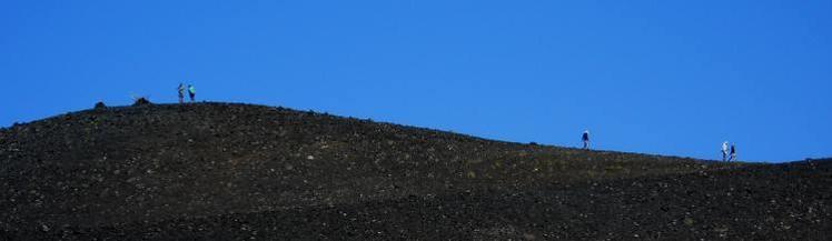 Filo de la cumbre volcan Achen Niyeu, Huanquihue Group