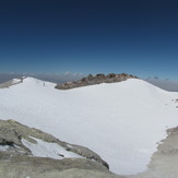 Crater Volcano in Summit, دماوند